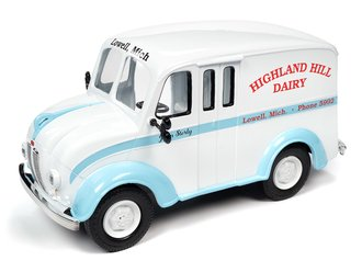 1950 Divco Delivery Highland Hills Dairy (Gloss White w/Light Blue Fenders & Boue Stripe)