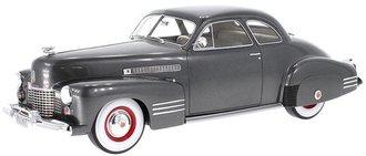 1:18 1941 Cadillac Series 62 Club Coupe (Dark Gray Metallic)