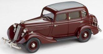 1935 Studebaker Dictator 4-Door (Roosevelt Maroon)