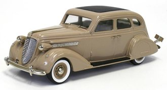 1935 Nash Ambassador 8 Sedan (Grenada Gray)