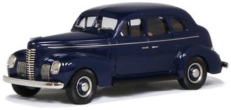 1:43 1939 Nash Ambassador Eight 4-Door Fastback Sedan (Dark Blue)
