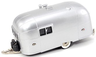 1953 Airstream Trailer (Aluminum)