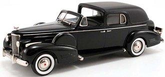 1938 Cadillac V-16 Fleetwood Town Car Limousine (Black)