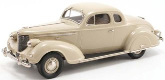 1938 Chrysler Imperial Eight Series C-19 Coupe (Beige)