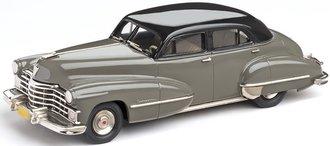 1947 Cadillac Series 62 4-Door Sedan (Gunmetal/Gray)