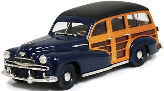 1942 Oldsmobile Series 68 Station Wagon (Dark Blue)