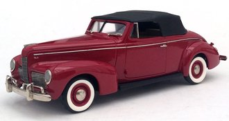 1940 Nash Ambassador Eight Convertible (Romany Red)