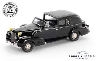 Vatican 1938 Cadillac V16 Series 90 Fleetwood Town Car (Black)