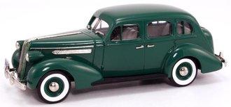 1936 Pontiac Deluxe Six 4-Door Touring Sedan (Neptune Green)