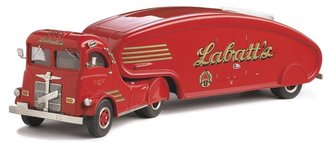 "1947 White Streamlined Beer Truck ""Labatt's"" (Red)"