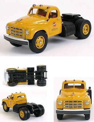 """1950 Studebaker Semi/Tractor Cab """"Studebaker"""" (Chrome Yellow)"""