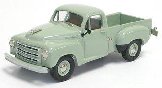 1952 Studebaker R5 Pickup (Rio Green)