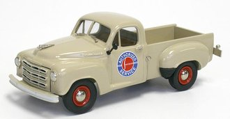 """1952 Studebaker R5 Pickup """"Studebaker Service"""" (Shell Ivory)"""