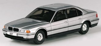 "James Bond BMW 750i ""Tomorrow Never Dies"""