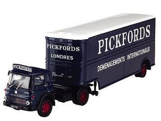 "Bedford TK Van Trailer ""Pickfords"""