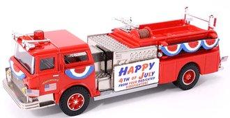 "Mack CF Pumper ""July 4th Parade"""
