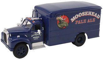 "Mack B Box Van ""Moosehead Ale"""