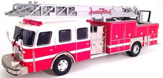 E-1 75' Ladder Truck (Demo)