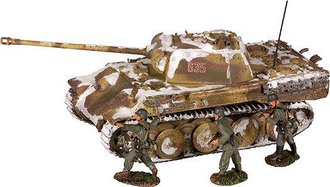 Panther Ausf.G Tank & 3 German Infantry Figures - German Army, Ardennes