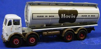 """Foden w/Cylindrical Tanker """"Hovis"""""""