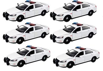 1:24 Quantity of 6 - Ford Police Interceptor (White - Undecorated)