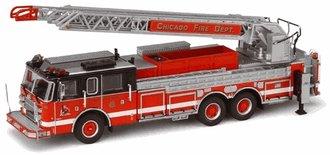 1:64 Chicago Pierce Rear Mount Ladder FDE 314