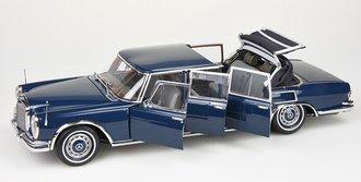 "1:18 Mercedes-Benz 600 Pullman ""King of Rock'n' Roll"" (Blue)"