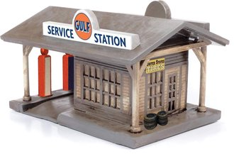 "1940-1950's Era Rural Gas Station w/Building ""Gulf"" (Tan w/Gulf Graphics)"