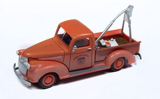 """1941-1946 Chevy Tow Truck """"Phillips 66"""" (Dirty/Weathered)"""