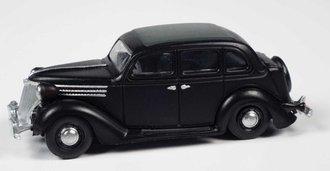 1936 Ford Sedan (Black)