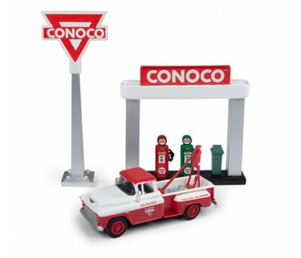 "1955 Chevy Tow Truck w/Station Sign & Gas Pump Island ""Conoco"" (Red/Gray)"