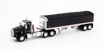 1:64 Kenworth T-800 w/Wilson Short Grain Trailer (Black/Black)