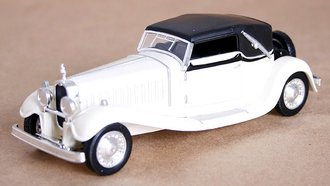 1927 Bugatti Royale (White/Black)