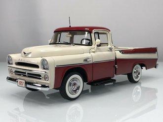 1957 Dodge Sweptside D100 (Cream/Red)