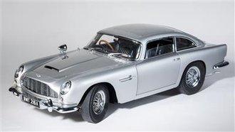James Bond 007 Aston Martin Car (Silver)