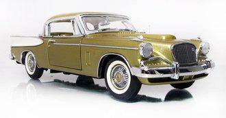 1957 Studebaker Golden Hawk (Gold Metallic)