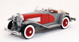1935 Duesenberg SSJ (Silver/Red)