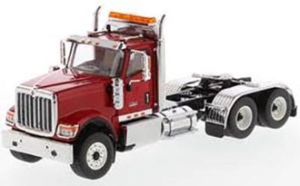 1:50 International HX520 Tandem Tractor (Red)