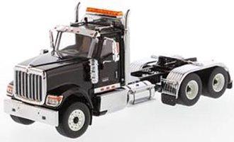 1:50 International HX520 Tandem Tractor (Metallic Black)