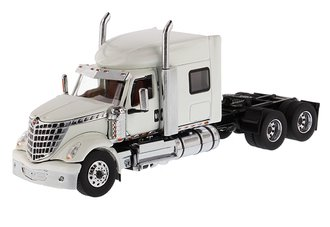 1:50 International LoneStar Sleeper (White)