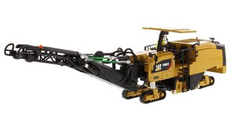 1:50 Caterpillar PM622 Cold Planer