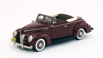 1940 Ford Convertible (Top Down) (Maroon)