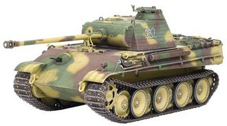 "1:35 Panther G Late Production w/Zimmerit 9.Pz.Div. ""Hohenstaufen"" Normandy 1944, & German Figure"