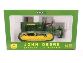 1:16 John Deere 1010 Crawler w/Ripper (Green/Yellow)