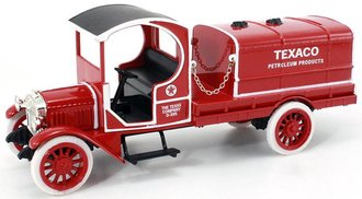 1:28 Texaco #17 1919 GMC Tanker (Bank) (Red)