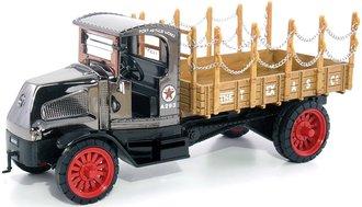 1:32 Texaco #18 1918 Mack AC Bullfrog Flatbed Truck (Special Edition)