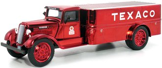 1:38 Texaco #19 1935 Dodge Platform Tanker Truck (Red Chrome) (Special Edition)