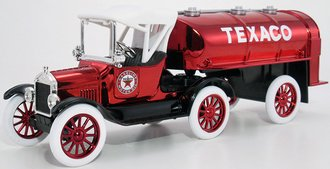 1:25 Texaco #21 1918 Ford Model T Runabout w/Tanker Trailer (Bank) (Red Chrome)