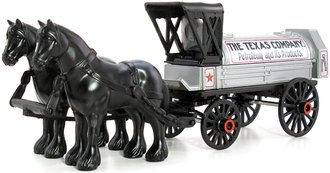 1:38 Texaco # 8 1910 Horse-Drawn Tanker Wagon