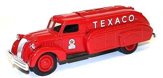 1:38 Texaco #10 1939 Dodge Airflow Tanker (Bank)